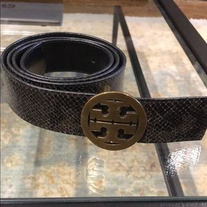Tory Burch Reptile Embossed Logo Belt Size L